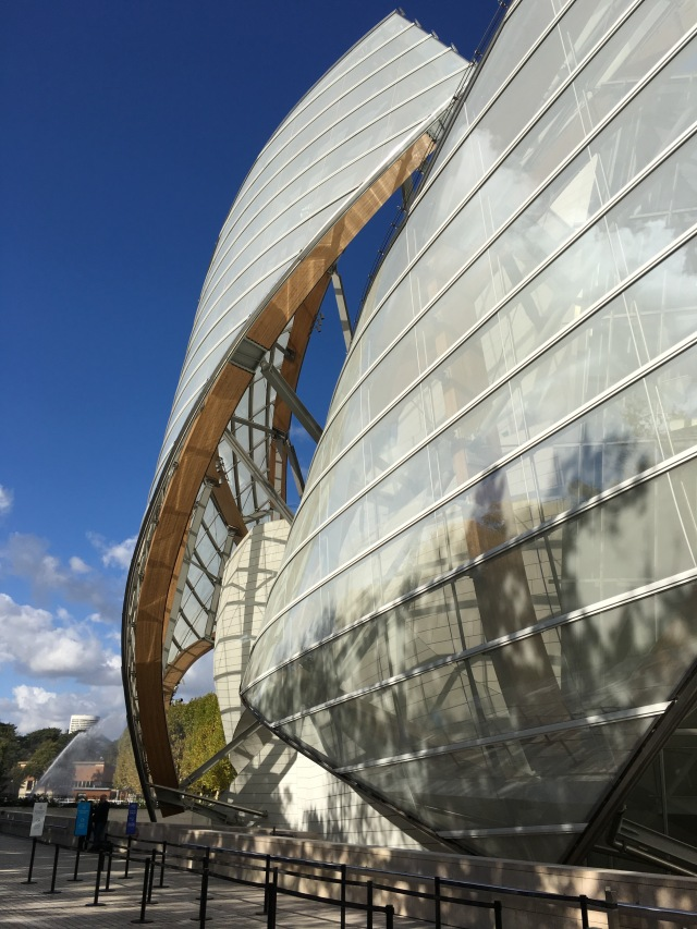 Gehry ouside