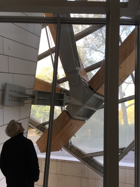 George looking at Gehry structure